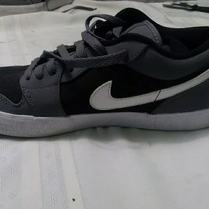 Nike jordans
